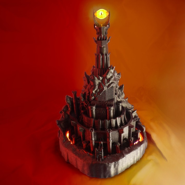 The 3D printed Barad-Dûr that almost seems alive.