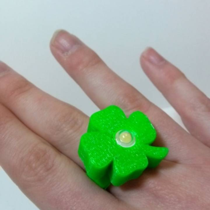 Image of Weekend Project: 10 Festive 3D Prints for Saint Patrick's Day: LED Shamrock Ring