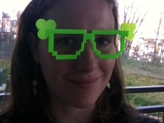Image of Weekend Project: 10 Festive 3D Prints for Saint Patrick's Day: 8-Bit Shamrock Glasses