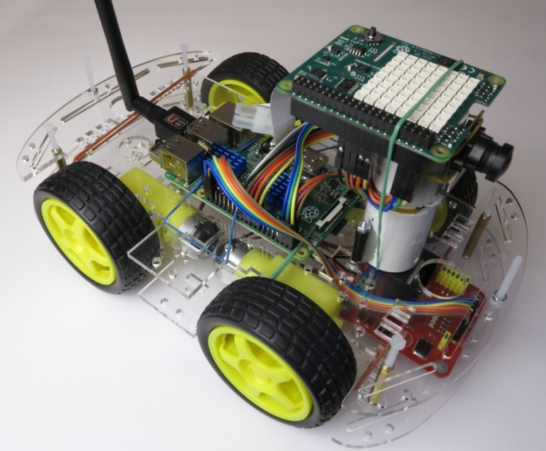 A Raspberry Pi robot that's ready to race.