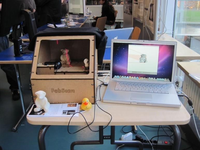 FabScan Pi 3D scanner.