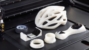 Featured image of PolyJet – 3D Printing Technologies Simply Explained
