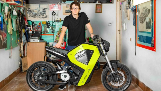 Featured image of Polish Electric Motorbike Brand Falectra Developed 3D Printed Prototype with Zortrax