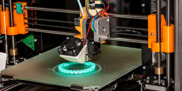 Never underestimate a working 3D printer – old or new!