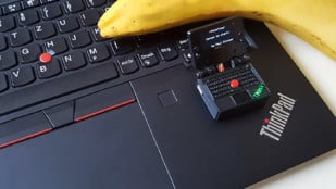 Featured image of This Tiny ThinkPad-Inspired Laptop Plays Snake