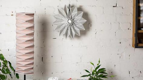 Featured image of Industrial Designer 3D Prints Conductive Origami Light Fixtures
