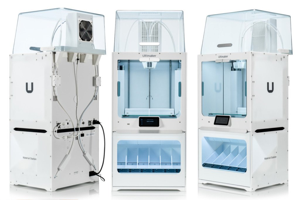 Ultimaker S5 Pro package, including Material Station and Air Manager units