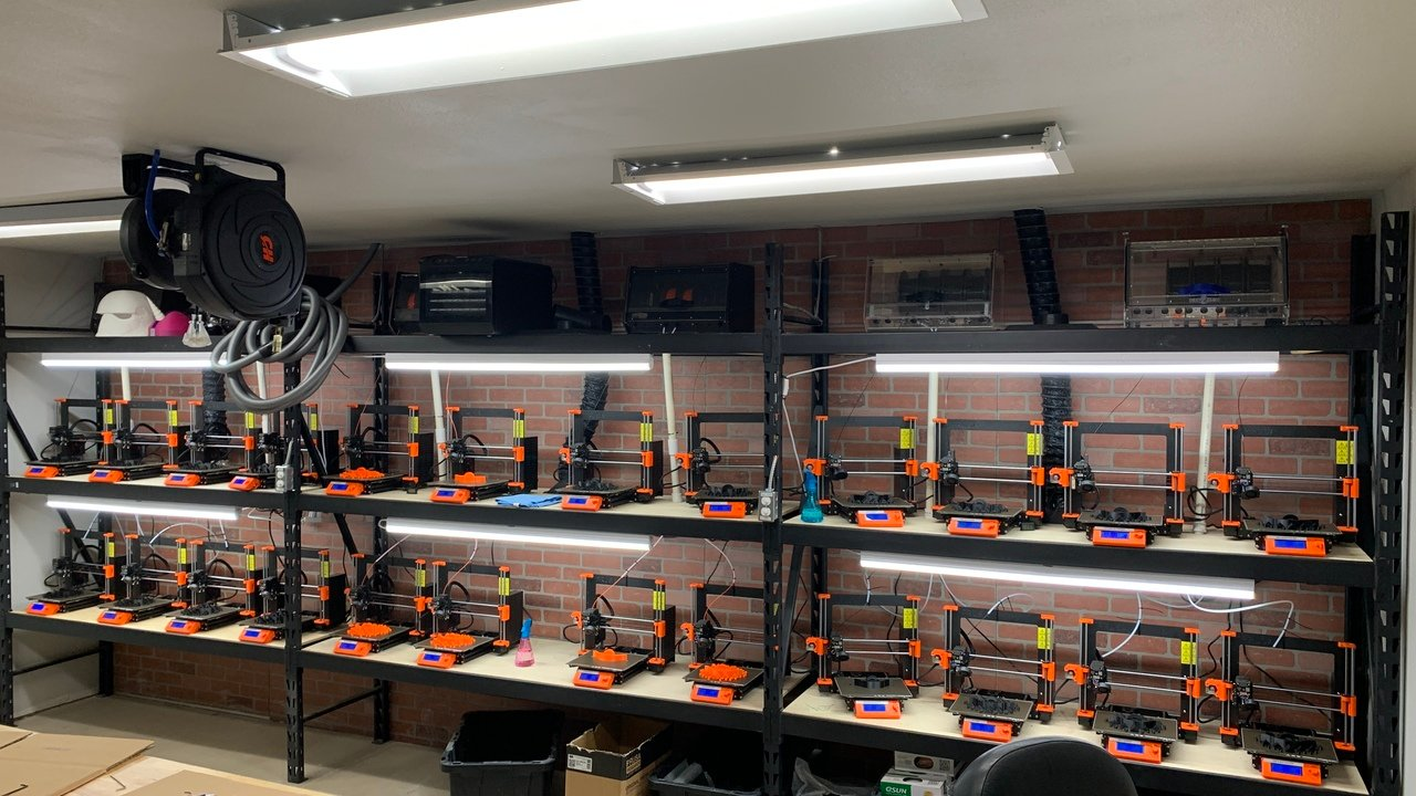 3D Printer Farm: How to Get Up and Running | All3DP